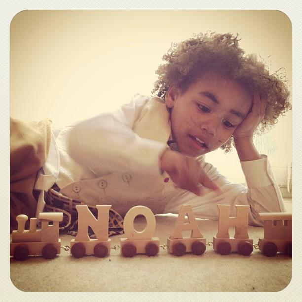 Noah letter train